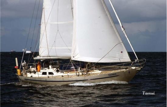 Taonui sailing