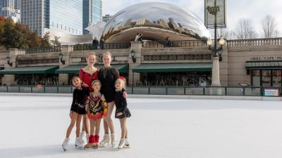2018-millenium-park-ice-rink-sunshine