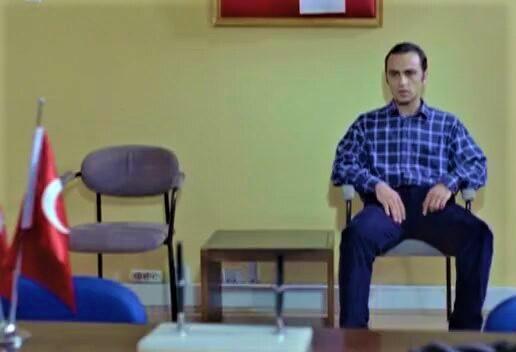 """Demirkubuz'un """"Yazgı"""" filmi ve kırmızıları"""
