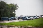 Devant l'aérodrome où Mou est cloué au sol par le brouillard, une bonne dizaine de fourgons et voitures de gendarmerie. Et au sol, bafouée, humiliée, la promesse de Mou de ne plus prendre l'avion...