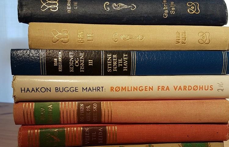 Bøker kjøpt på opphørssalg hos Septentria Antikvariat.