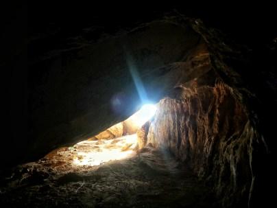 Shpella e Këputës