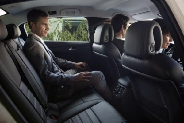 Peugeot 407 seating