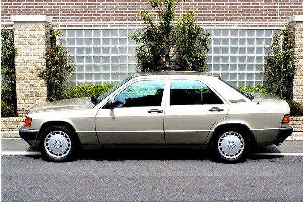 Mercedes Benz 190 1985