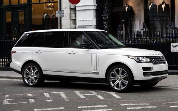 Range Rover Autobiography Black (LWB) - 2014