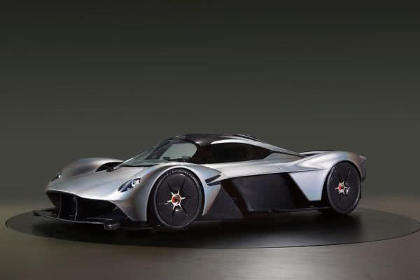 The angular front of the Aston Martin Valkyrie