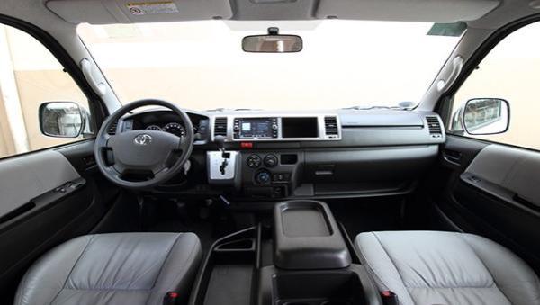 Toyota Hiace 2017 dashboard area