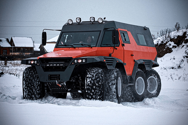 angular front of theAvtoros Shaman 8WD all-terrain