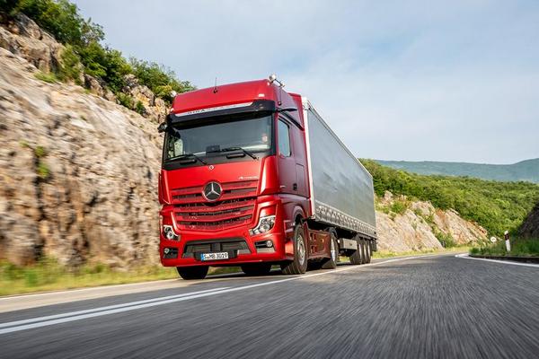 The Mercedes-Benz Atros 2019 running on roads