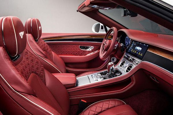 The-Bentley-2019-GT-Continental-interior