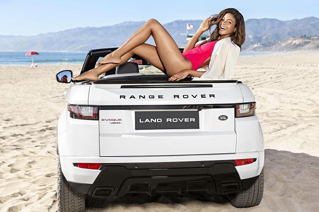 Land-Rover-Evoque-Convertible-on-the-beach