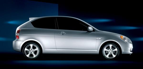 Hyundai-Accent-2009-design