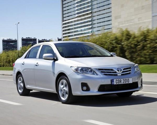 Toyota-Corolla-2010