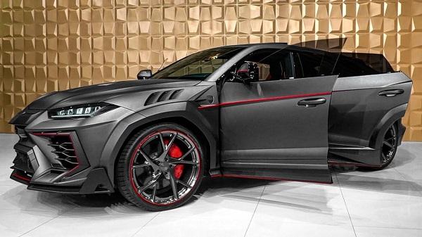 2020-Lamborghini-Urus-side-view