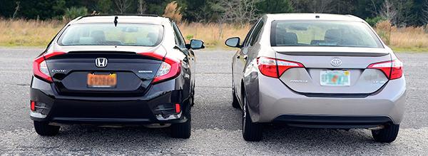 2016-Toyota-Corolla-vs-Honda-Civic-rear-view