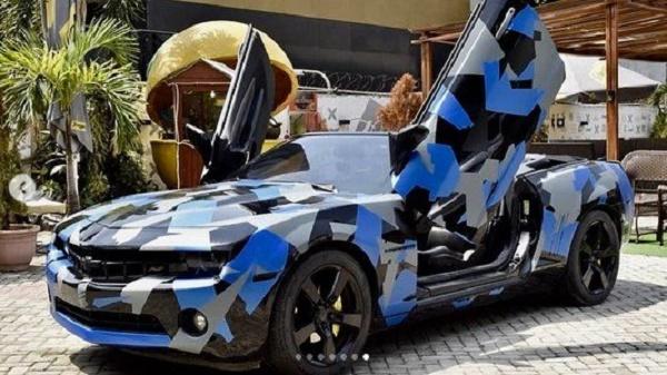 Alexx Ekubo Sport car