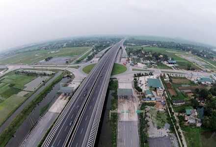 """Cao tốc Bắc - Nam: Hỗ trợ 55.000 tỷ đồng nhưng còn không ít """"nút thắt"""""""