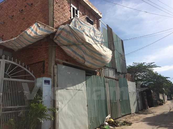 """Bình Hưng - """"điểm nóng"""" xây nhà không phép của Tp.HCM"""