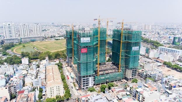Xi Grand Court mở bán căn hộ giá 2,2 tỷ nhân dịp cất nóc dự án