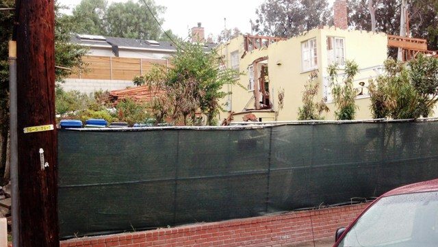 Viewing the Remains  of Bradbury's Home (5/6)