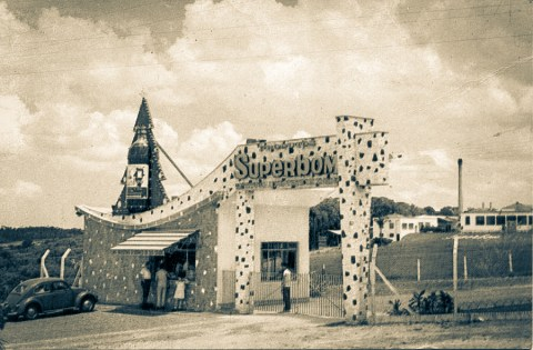 Fábrica de Produtos Superbom 1º setembro de 1925 - São Paulo, BRASIL