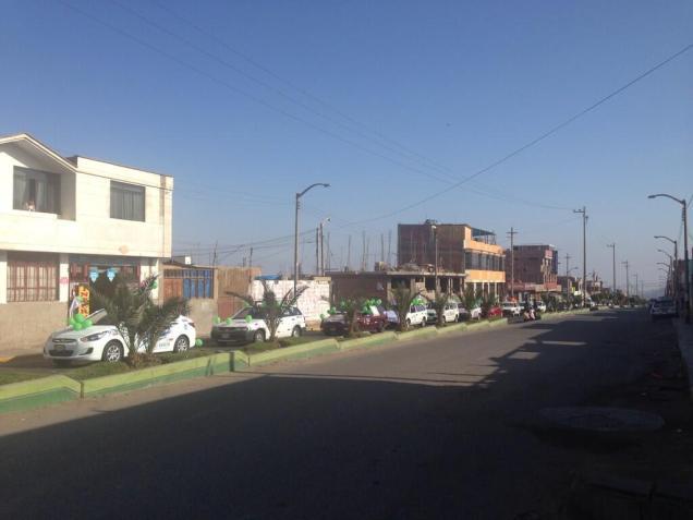 """Carros alegóricos de la caravana """"La Única Esperanza"""", recorrieron la ciudad de Tacna."""