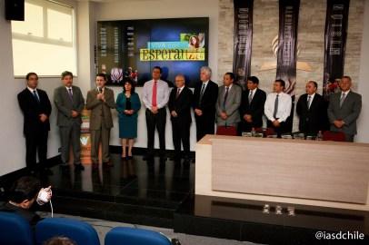 Pr. Stanley Arco desafiando a los líderes a encomendarse al Señor en cada plan trazado para la IASD en Chile. ©Alfredo Müller