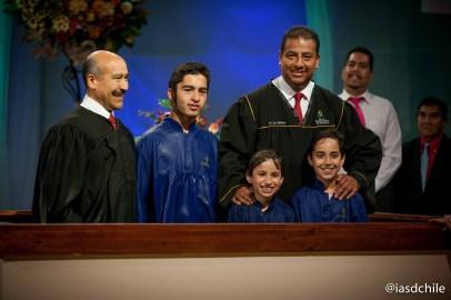 Personas de todas las edades se entregaban al Señor cada noche por medio del bautismo. ©Alfredo Müller