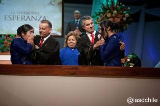 Olga, María y Sofía juntas en la ceremonia bautismal. ©Alfredo Müller