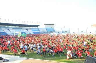 Delegación Adventista formó parte de las 4 mil personas que participaron en la carrera