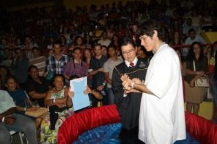 Em Recife, várias pessoas foram batizadas.