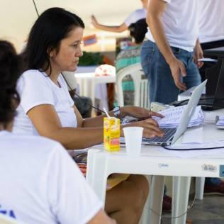 Feira de saúde e entrega de livros em Aimorés - MG