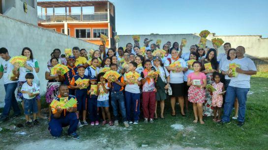 No bairro de Tangará, em Cabo Frio, a IASD Jardim Esperança espalhou a mensagem.