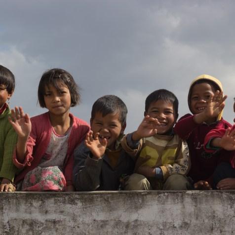Voluntários captaram imagens das crianças da região, na Índia, durante os dias em que trabalharam lá.