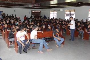 Rapazes receberam uma mensagem direcionada à idade deles. A palestra foi ministrada pelo presidente da MOPa, Pr. Renato Seixas