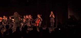 Espetáculo encerrou com orquestra mais um solo de música biblica. .