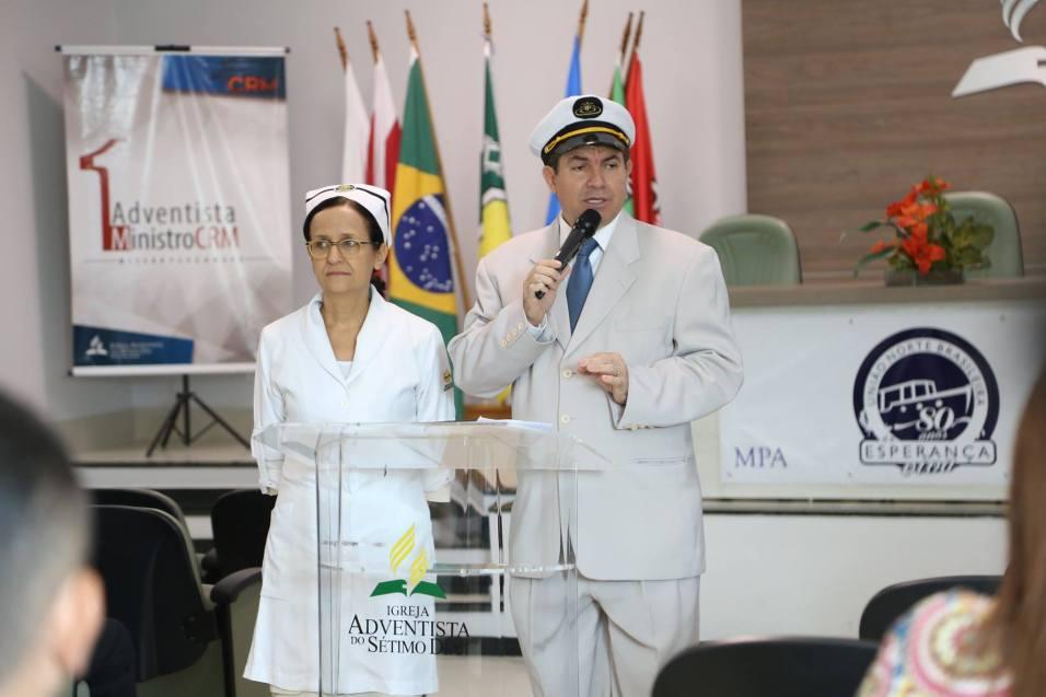 Pastor Moises Batista e Elma Souza representam Léo e Jessie Halliwell