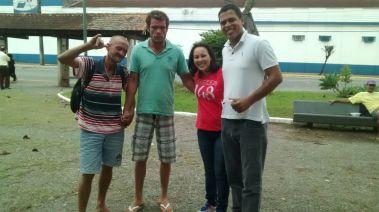 Distribuição de marmitas a moradores de rua em Joinville