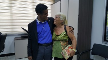Nerly retornou na sede da Rio Sul para agradecer os presentes e a visita.