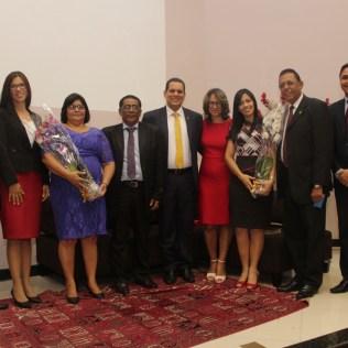 Pastores e esposas foram homenageados