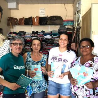 Servidores também visitaram estabelecimentos comerciais