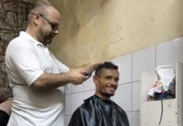 Corte de cabelo no projeto CASA.