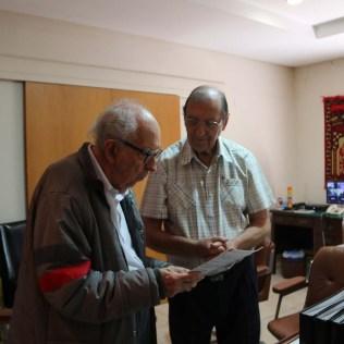 Os amigos Ruy e Rubens em uma das salas de estudos. (Foto: Mauren Fernandes)