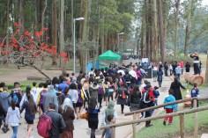 Cerca de 400 pessoas participaram de passeata no Parque do Carmo (Foto: Maxwell Oliveira)