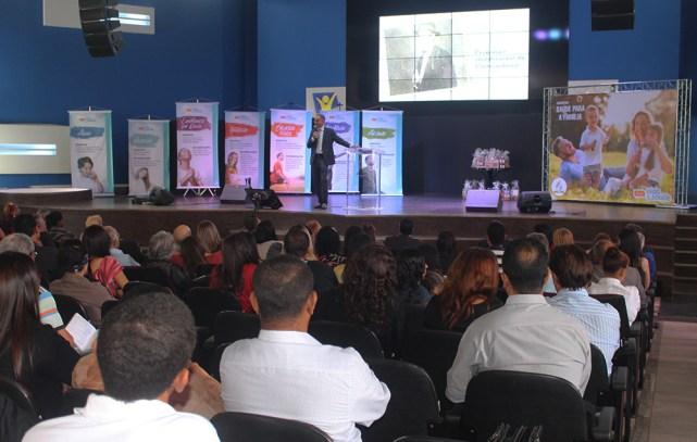 congresso Saúde para a Família recebeu cerca de 600 inscritos (Foto: Renata Paes)