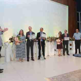 Pastores que se aposentarão no final deste ano são homenageados (Foto: Comunicação APL)