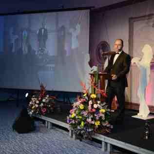 Pastor Aguinaldo Guimarães, presidente da APL, ministrou mensagens reflexivas às mulheres (Foto: Renan Lima)
