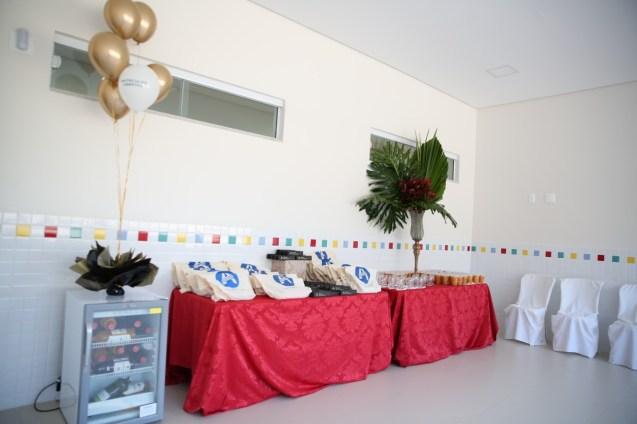 Mesa pronta para os convidados