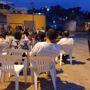 """Evangelismo da Equipe """"Calebe do Busão"""". Foto: Arquivo pessoal"""