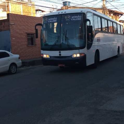 Ônibus foi comprado e está à disposição das atividades missionárias e recreativas da igreja. Foto: Arquivo pessoal
